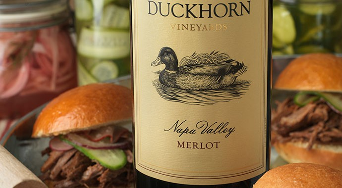 Dukchorn Merlot and slider sandwiches on serving tray